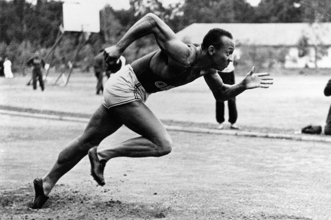 the dominance of jesse owens the events of the 1936 olympics hitlers reaction and racism in the book