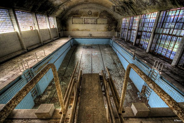 25 Of The Creepiest Abandoned Stadiums In Sports Page 10