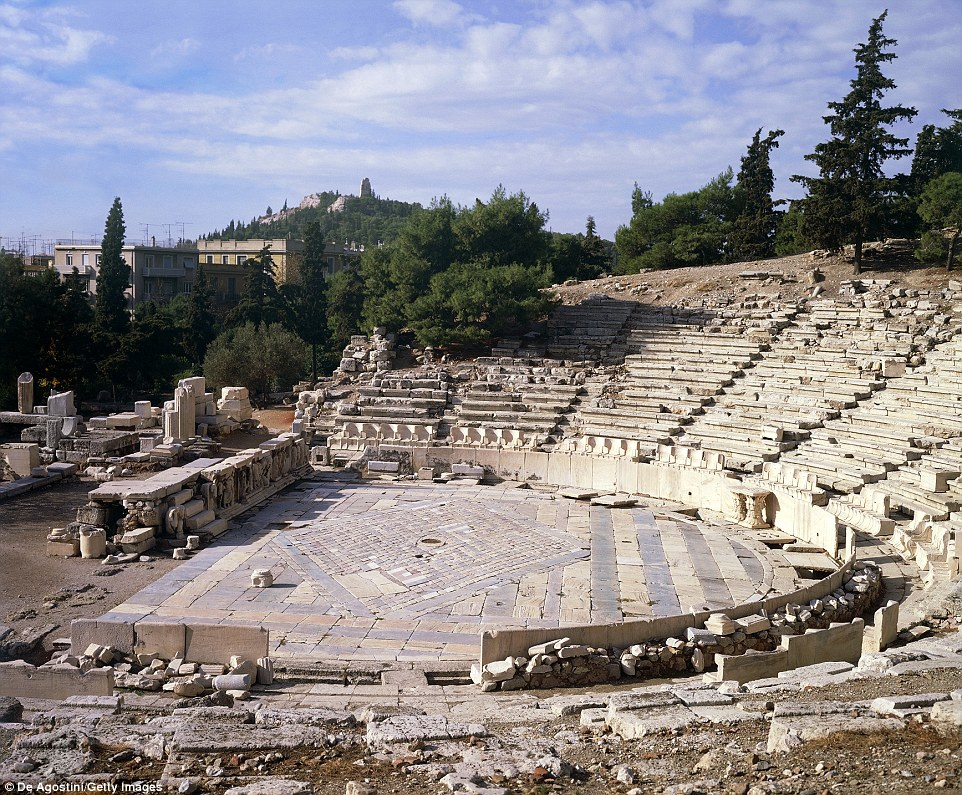 the theatre of ancient greece and rome More information on mythology in the theater can be found below: introduction to theatre online course: roman theatre and drama theater and amphitheater in the roman.